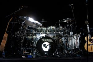 Kenney Jones - Yamaha kit with the Faces at the O2